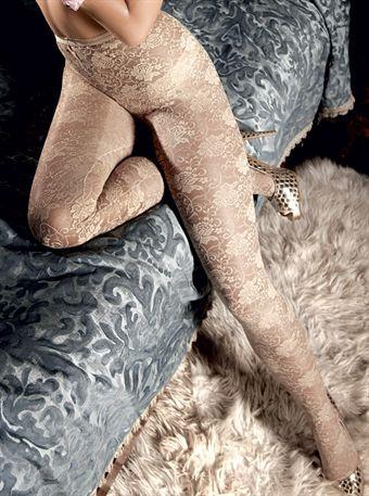 Image of   Baci Lingerie - Champagnefarvede blondestrømpebukser med blomsterornamenter